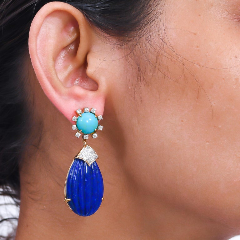 55.88 Carat Carved Lapis Lazuli Turquoise Diamond 18 Karat Gold Drop Earrings In New Condition For Sale In Hunghom,, Kowloon