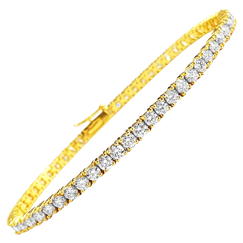 5.60 Carat VVS Diamond Tennis Bracelet in 14 Karat Yellow Gold