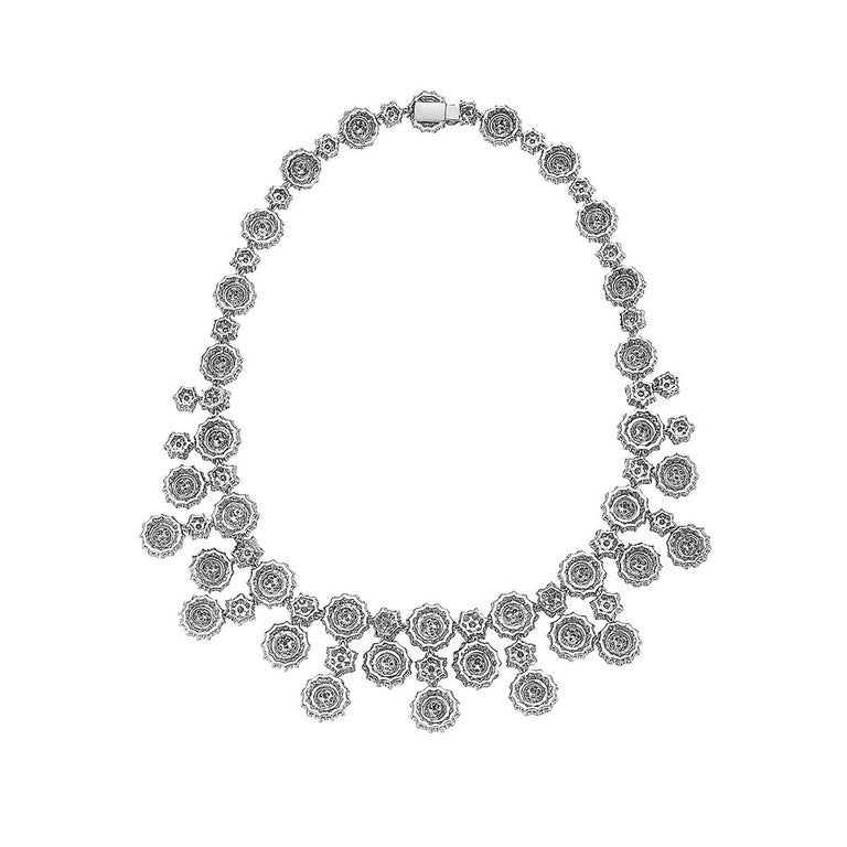 56.18 Carat Round Diamond Necklace 18 Karat White Gold High Collar Necklace In New Condition For Sale In New York, NY