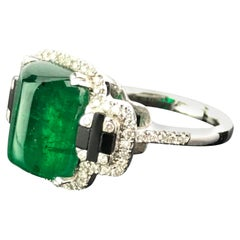 5.62 Carat Sugarloaf Shaped Emerald, Diamond and Black Onyx Cocktail Ring