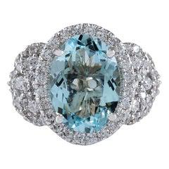 5.69 Carat Natural Aquamarine 18 Karat White Gold Diamond Ring