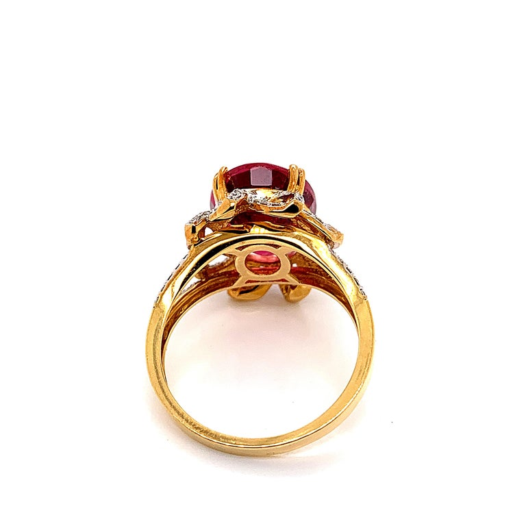 5.69 Carat Oval Shaped Rubelite Ring in 18 Karat Yellow Gold with Diamonds In New Condition For Sale In Hong Kong, Kowloon