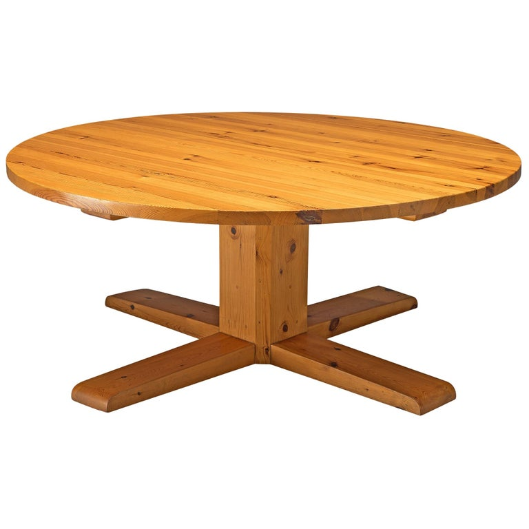 Spanish Dining Table in Solid Pinewood For Sale