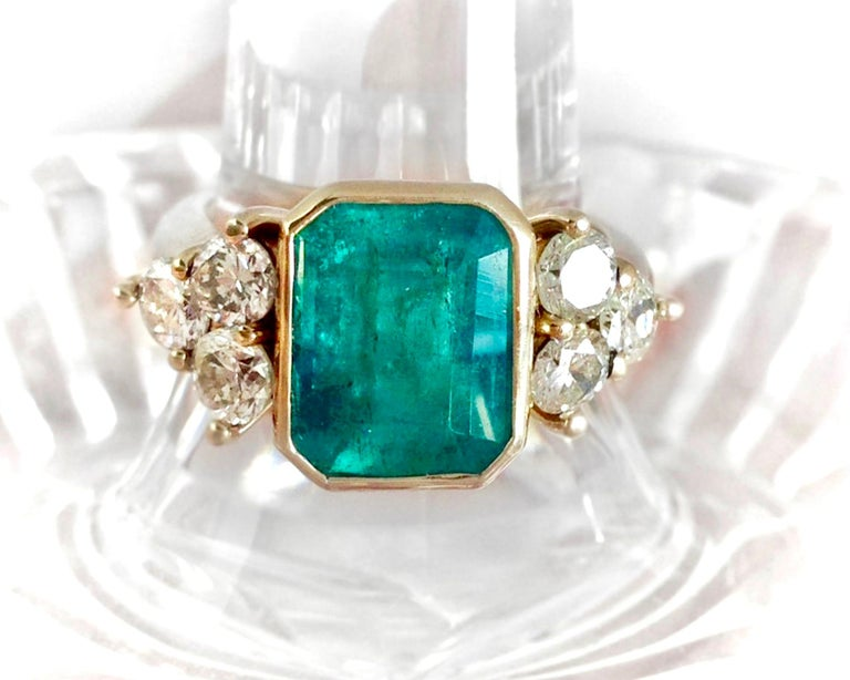 5.7 Carat Colombian Emerald Diamond Engagement Ring 18 Karat In Excellent Condition For Sale In Brunswick, ME