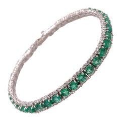 5.72 Carat Emerald Bangle Bracelet