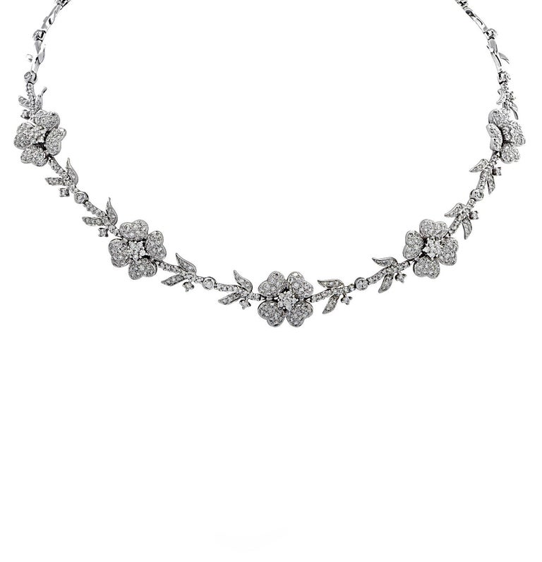 Round Cut 5.75 Carat Diamond Flower Necklace For Sale