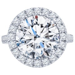5.75ct Round Brilliant Diamond with 1.50ctw Diamond Halo Set in 14kt White Gold