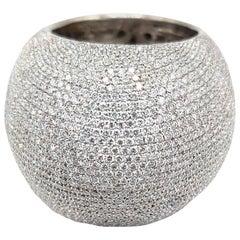 5.77 Carat Diamond 18 Karat White Gold Bombe Ring