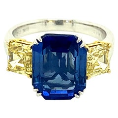5.77 Carat GIA Certified Blue Sapphire and Fancy Yellow Diamonds Gold Ring