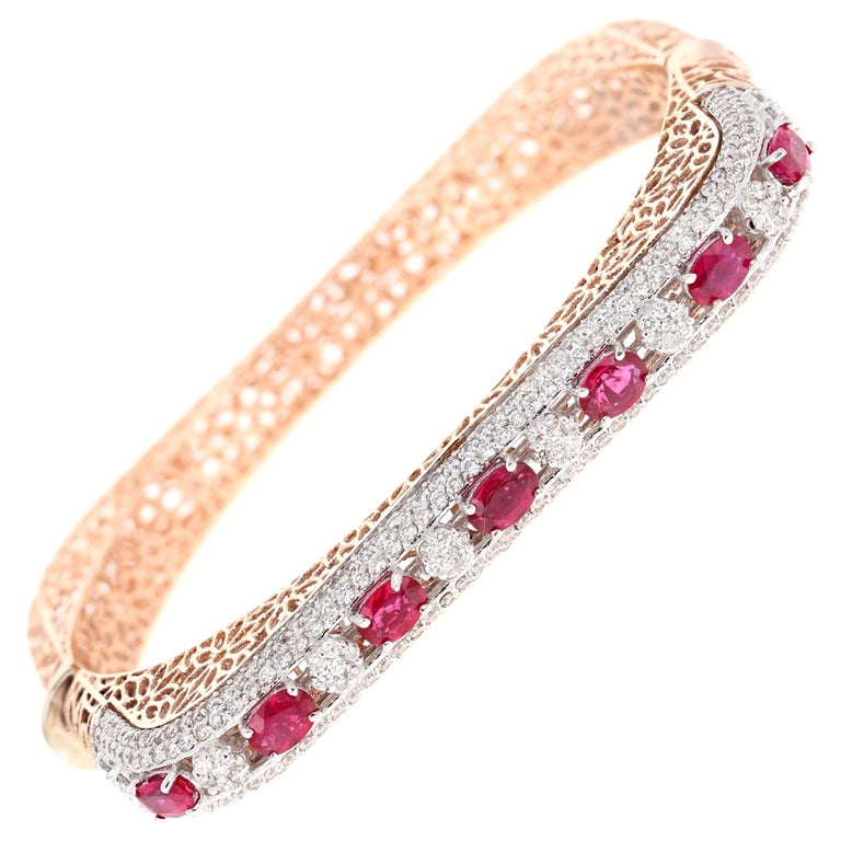 5.79 Carat Natural Ruby Diamond 14 Karat Rose Gold Bangle For Sale