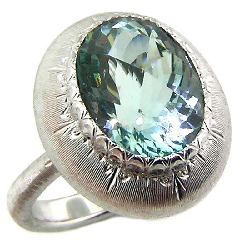 5.80ct Aquamarine in 18kt Ring, Handmade and Engraved in Florence, Italy For Sale