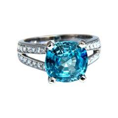 5.82 Carat Natural Indigo Blue Zircon Diamonds Ring 14 Karat