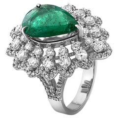 5.82 Carat Pear Shaped Emerald and Diamond Cocktail Ring 18 Karat White Gold