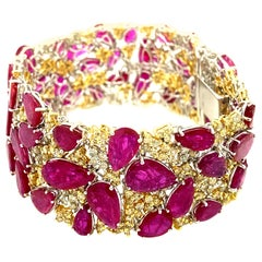 58.24 Carat Pear-Shaped Ruby and Yellow Diamond Gold Bracelet