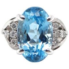 5.83 Carat Aquamarine and Diamond Cocktail Ring Set in Platinum