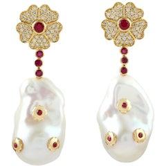 58.3 Carat Pearl Diamond 18 Karat Gold Flower Blossom Earrings