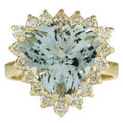 5.84 Carat Natural Aquamarine 18 Karat Yellow Gold Diamond Ring