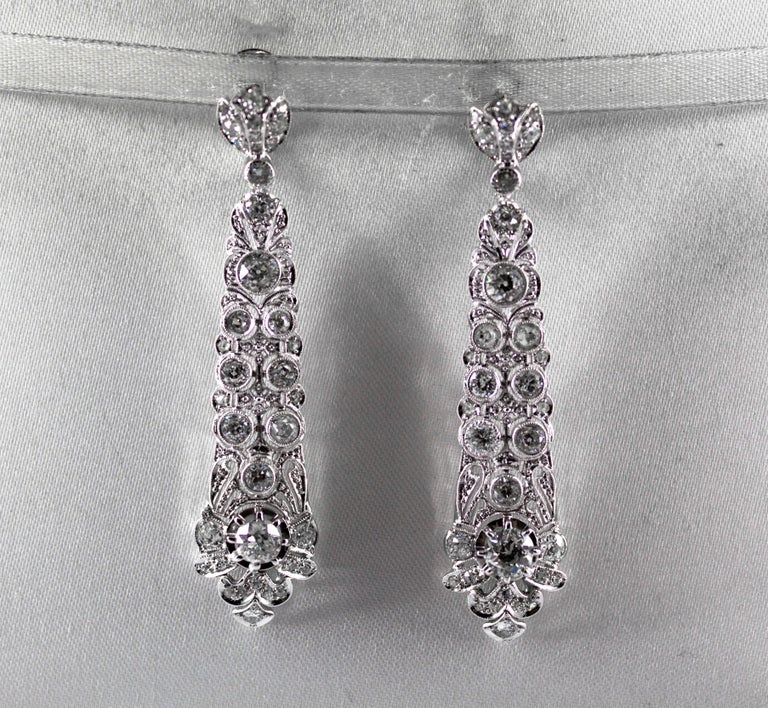 5.85 Carat White Old European Cut Diamond White Gold Clip-On Drop Earrings In New Condition For Sale In Naples, IT