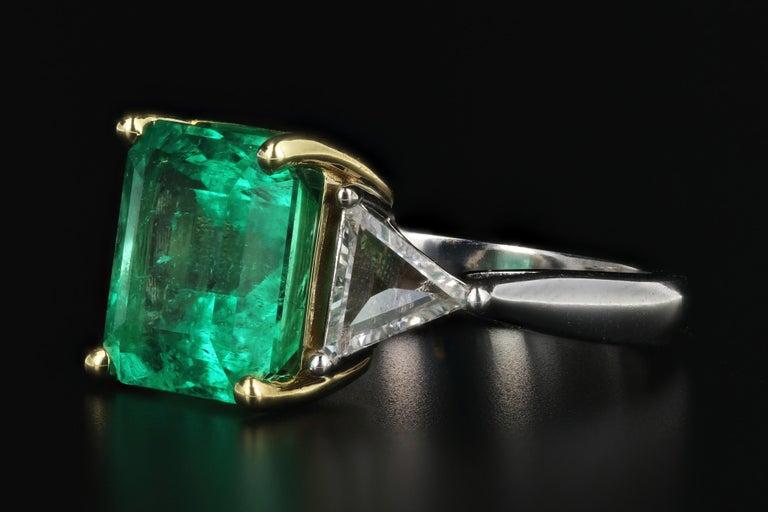 Modern 5.94 Carat Colombian Emerald AGL Certified For Sale