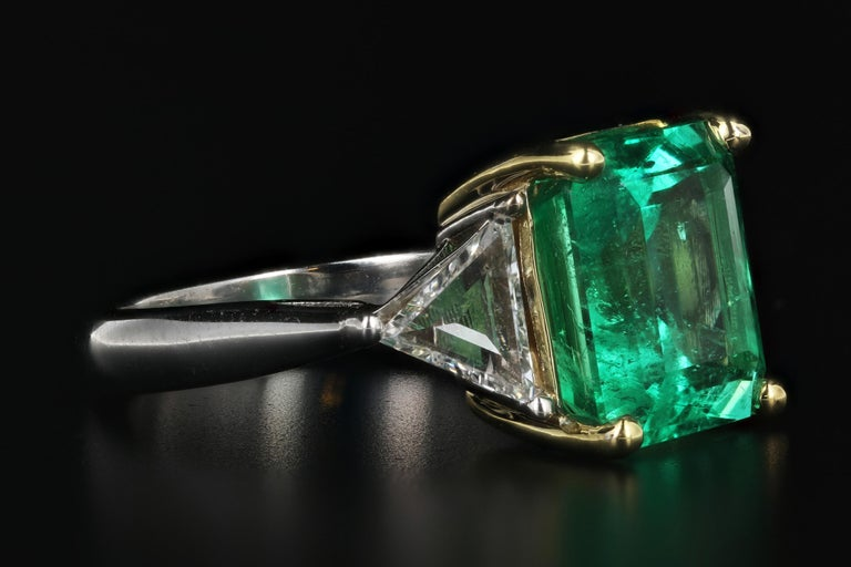 Emerald Cut 5.94 Carat Colombian Emerald AGL Certified For Sale