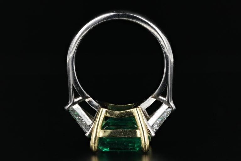 Women's or Men's 5.94 Carat Colombian Emerald AGL Certified For Sale