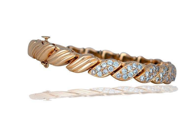 Modern 5 Carat Diamond Leaf Bracelet Yellow Gold Bracelet For Sale