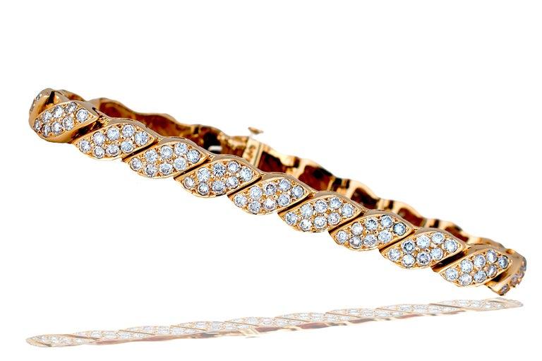 Round Cut 5 Carat Diamond Leaf Bracelet Yellow Gold Bracelet For Sale