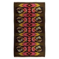 5 x 8.9 Ft Vintage Bessarabian Kilim, Floral Handwoven Wool Rug from Moldova