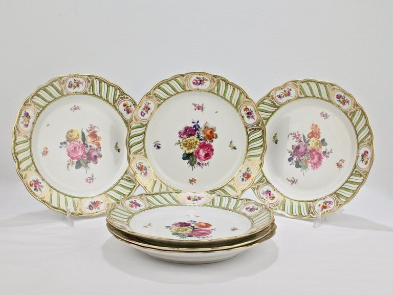 Rococo Revival 6 Antique Vienna Porcelain Plates with Green Borders & Deutsche Blumen Flowers For Sale