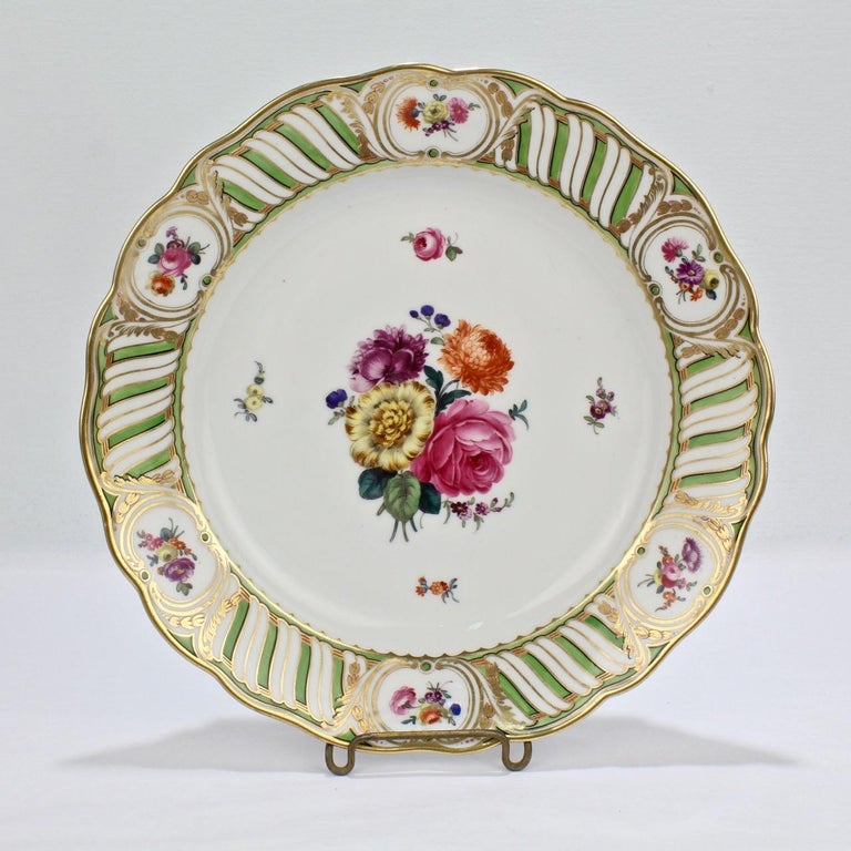 6 Antique Vienna Porcelain Plates with Green Borders & Deutsche Blumen Flowers In Good Condition For Sale In Philadelphia, PA
