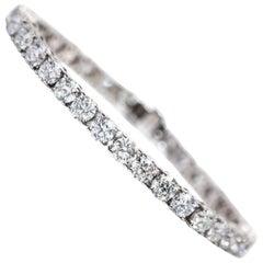 6 Carat Diamond Round Brilliant Tulip 18 Karat White Gold Line Tennis Bracelet