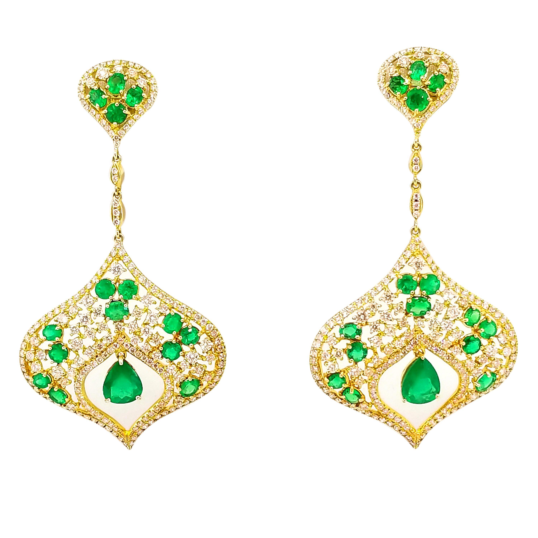 6 Carat Emerald 4.2 Carat Diamond Red Carpet Statement Drop Earrings Yellow Gold