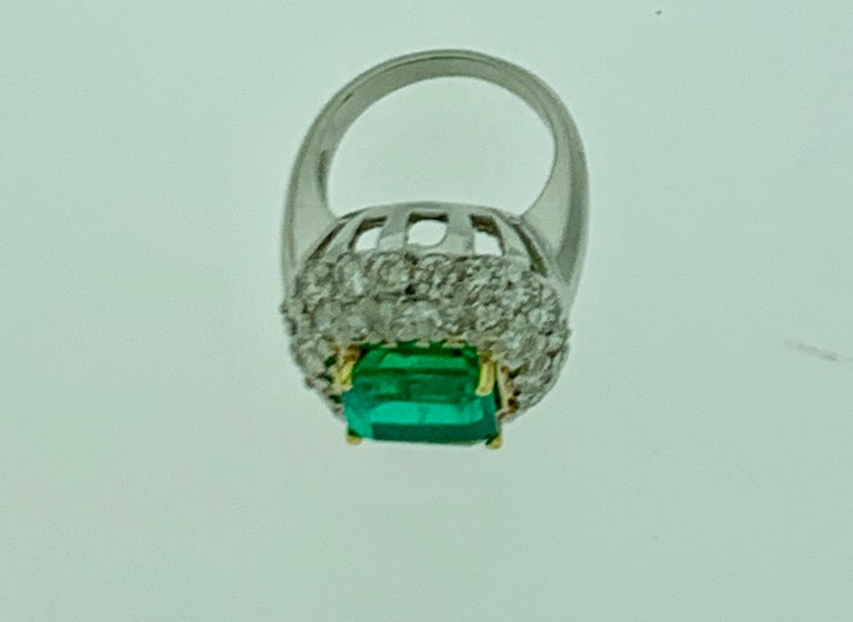 6 Carat Emerald Cut Colombian Emerald and 4 Carat Diamond Ring Platinum Two-Tone For Sale 7