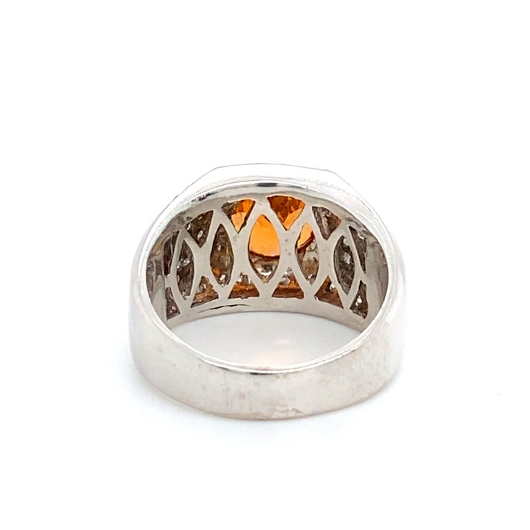 6 Carat Garnet Ring with 2.40 Carats of Diamonds For Sale 1