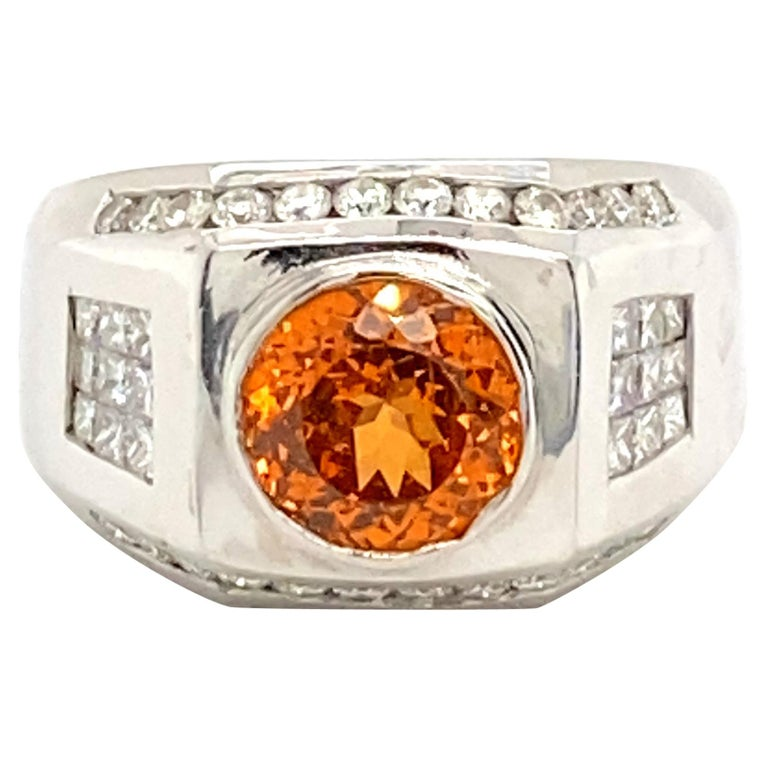 6 Carat Garnet Ring with 2.40 Carats of Diamonds For Sale
