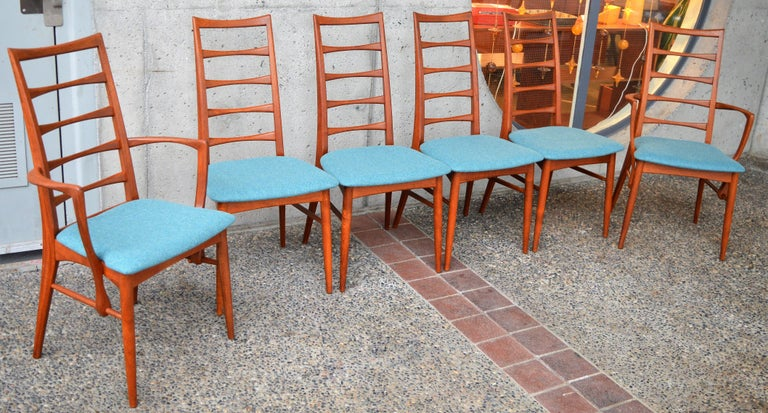 6 Danish Teak Liz Dining Chairs by Koefoeds Hornslet, 2 Armchairs, Blue Wool For Sale 4