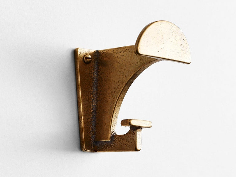 6 Dark Bronze Contemporary Hooks by Henry Wilson In New Condition For Sale In Geneve, CH