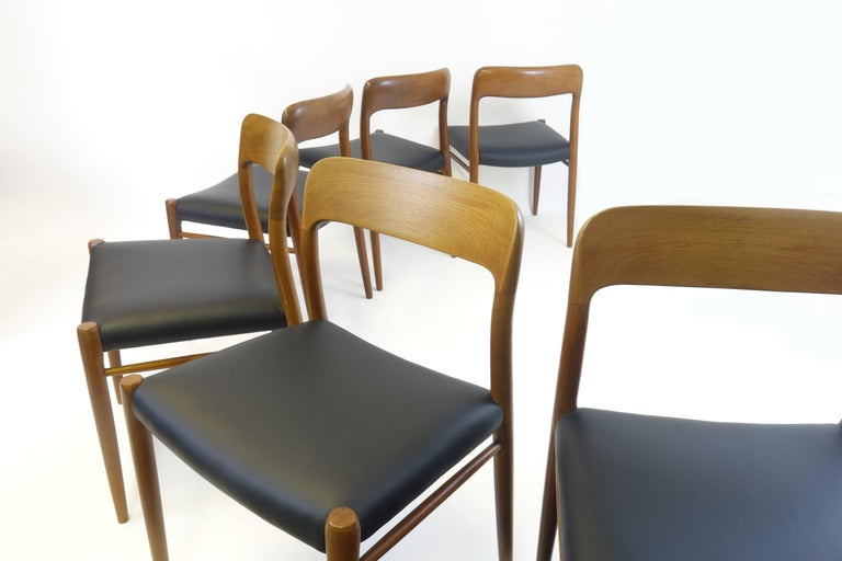 Mid-20th Century 6 Dining Chairs Model 75 by J.L. Moeller, Denmark, circa 1960