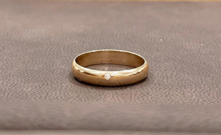 6 Flush Set Bezel Diamond Eternity Wedding Band in 18 Karat Yellow Gold In Excellent Condition For Sale In Scarsdale, NY