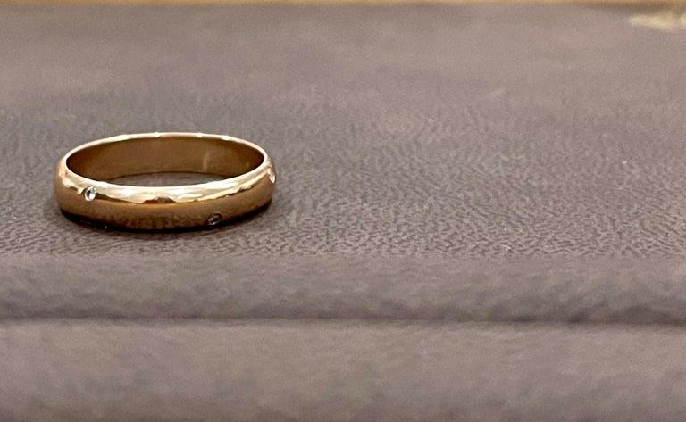 Women's or Men's 6 Flush Set Bezel Diamond Eternity Wedding Band in 18 Karat Yellow Gold For Sale