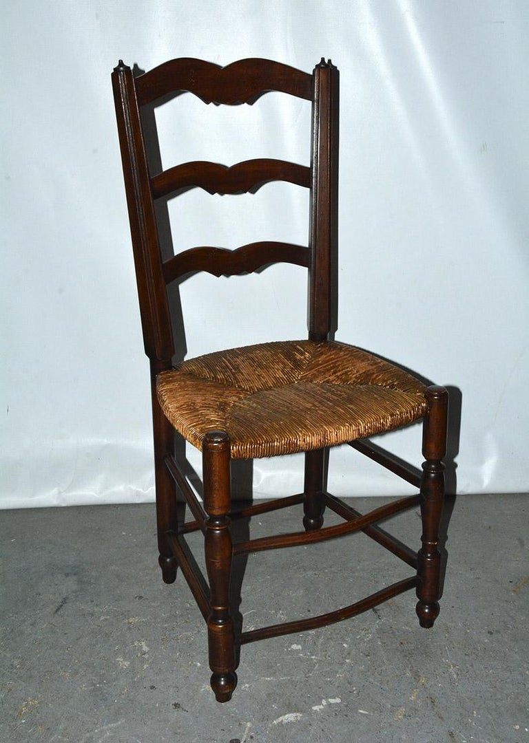20th Century 6 French Provincial Country Style Ladder Back Dining Chairs For Sale