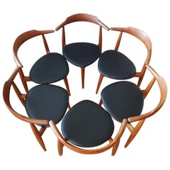 6 Heart Chairs FH4104 in Teak/Oak and Leather by Hans J. Wegner for Fritz Hansen