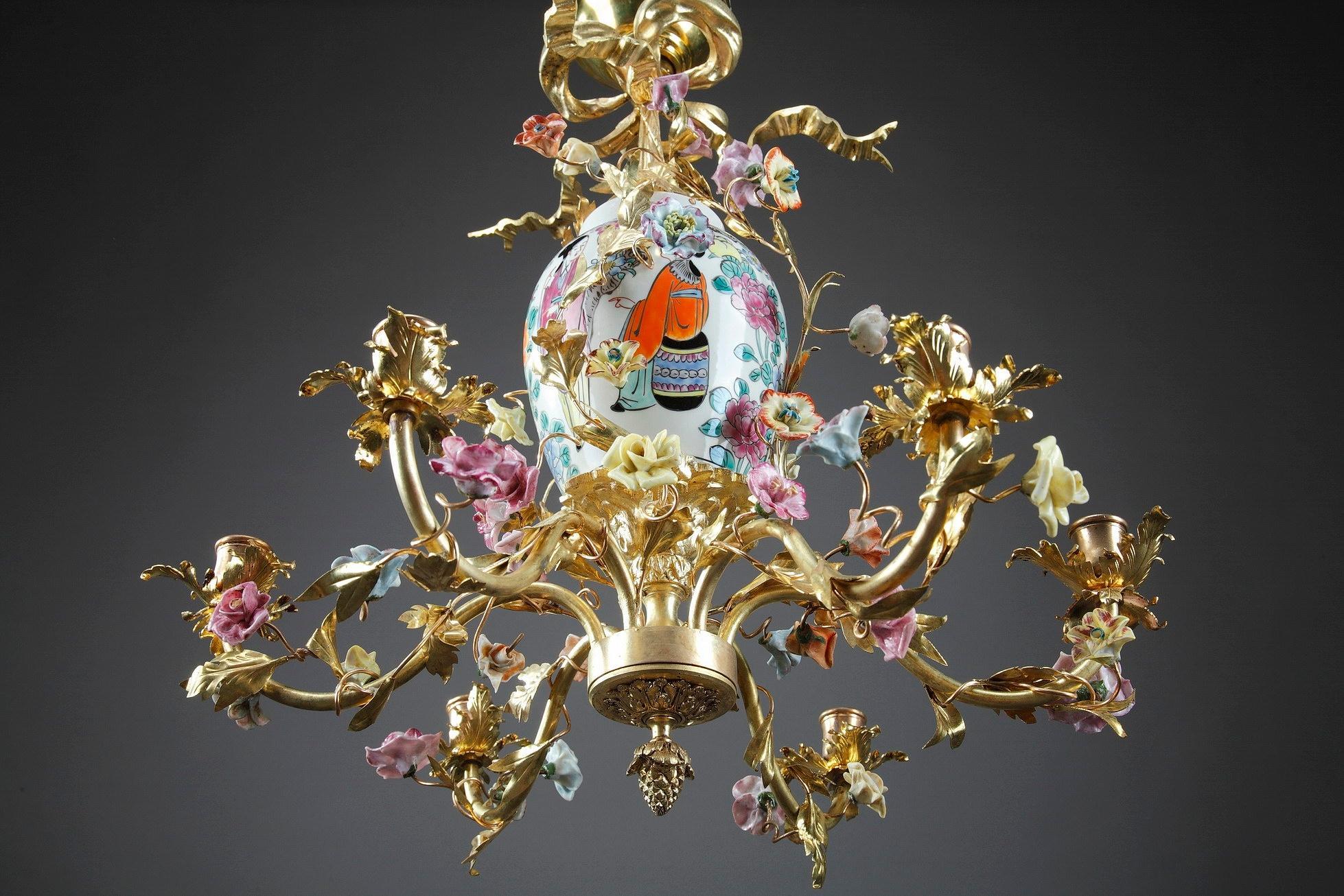 Kronleuchter Antik Porzellan ~ Sechsarmiger porzellan und bronze kronleuchter mit chinesischer