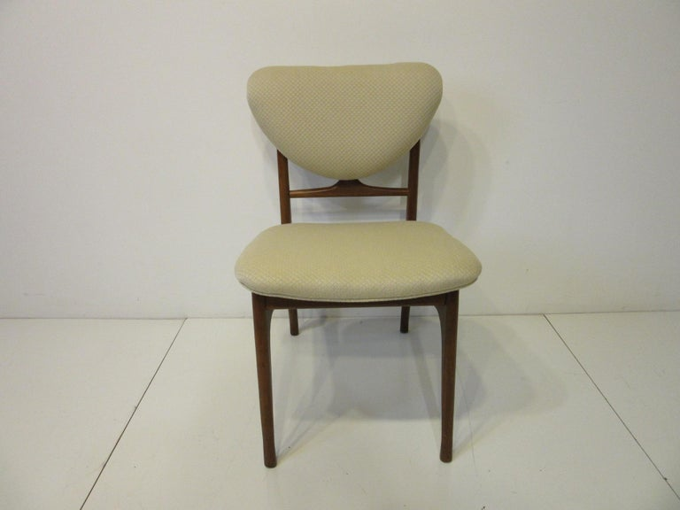 6 Sculptural Wood and Upholstered Dining Chairs in the style of Finn Juhl For Sale 4