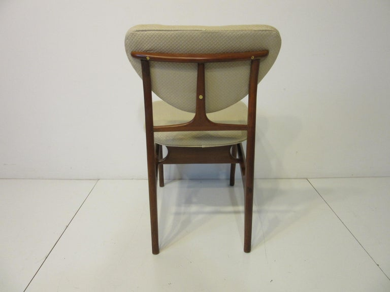 6 Sculptural Wood and Upholstered Dining Chairs in the style of Finn Juhl For Sale 6