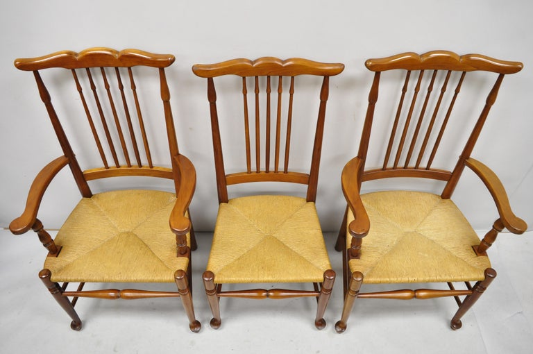 North American 6 Vintage Spindle Back Cherrywood Rush Seat Queen Anne Colonial Dining Chairs For Sale