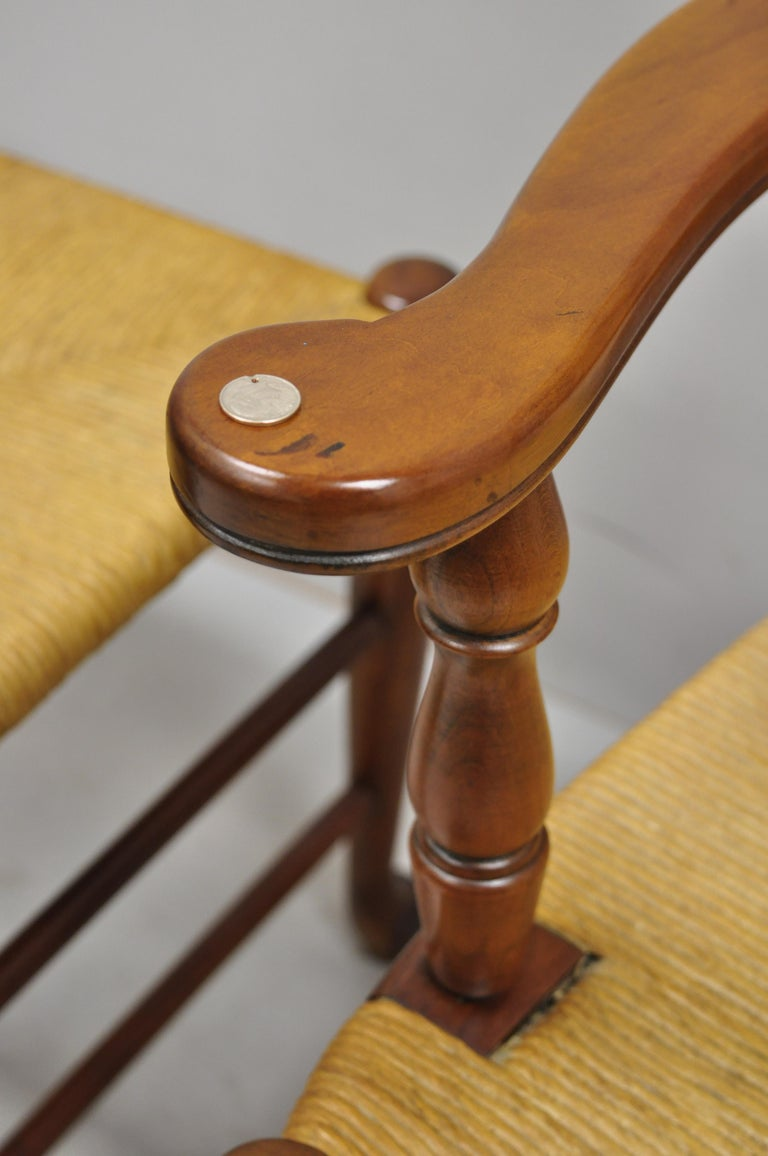 6 Vintage Spindle Back Cherrywood Rush Seat Queen Anne Colonial Dining Chairs For Sale 2