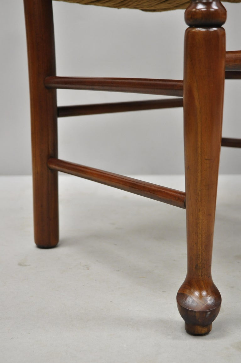 6 Vintage Spindle Back Cherrywood Rush Seat Queen Anne Colonial Dining Chairs For Sale 3