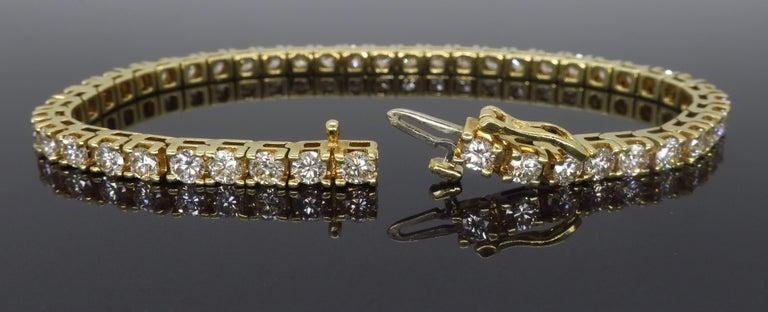 Women's or Men's 6.00 Carat Diamond Tennis Bracelet For Sale