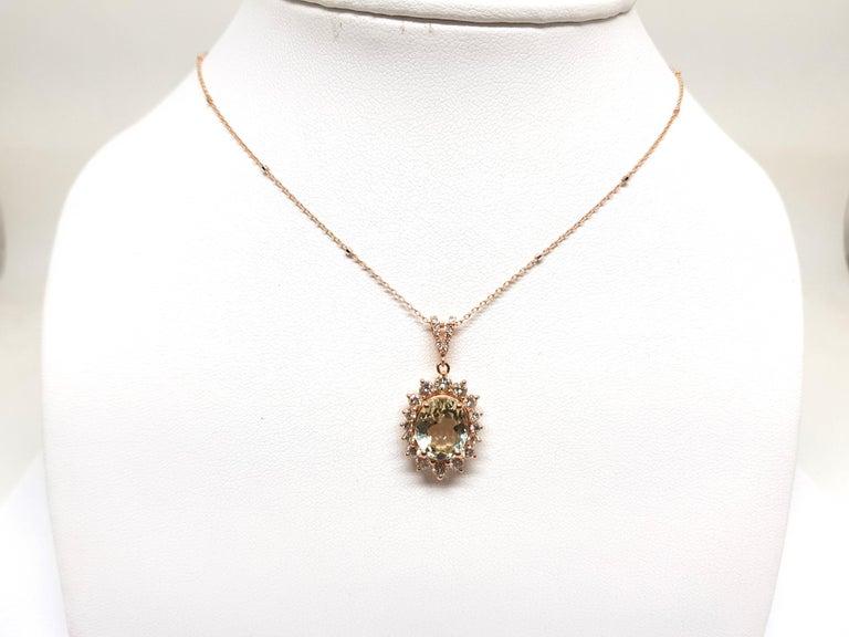 Contemporary 6.00 Carat Rose Gold Necklace Diamond Golden Beryl Pendant For Sale